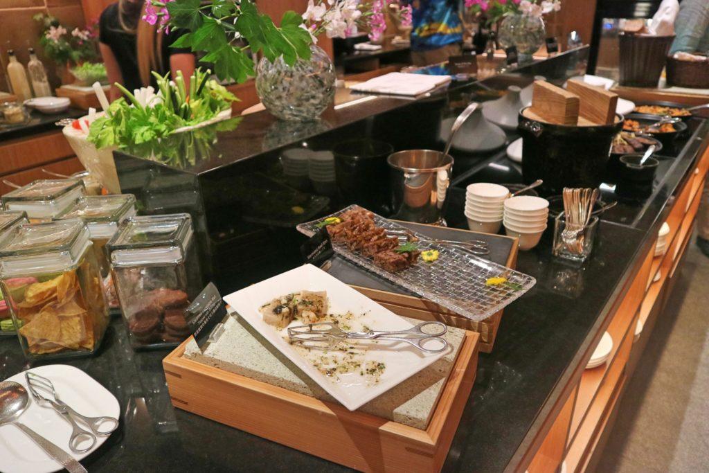 コンラッド東京ラウンジの魚