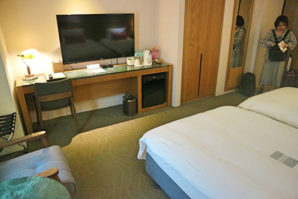 アズールホテルのテレビ