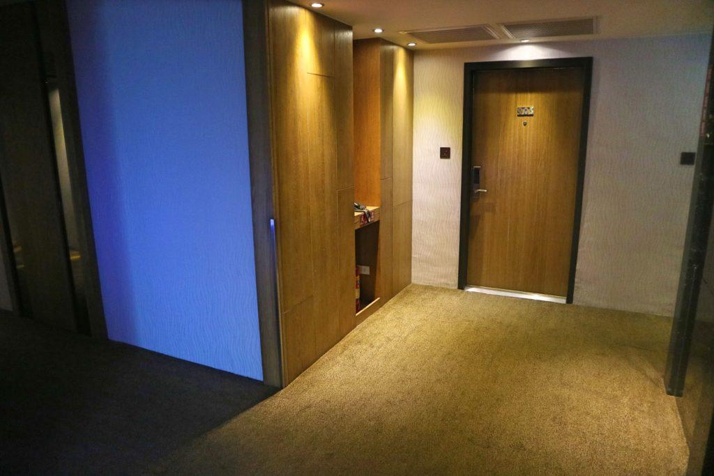 アズールホテル廊下