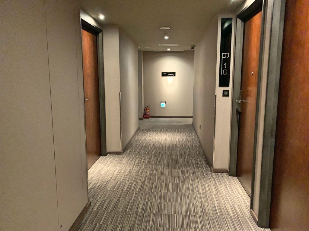 ウエストゲートの廊下