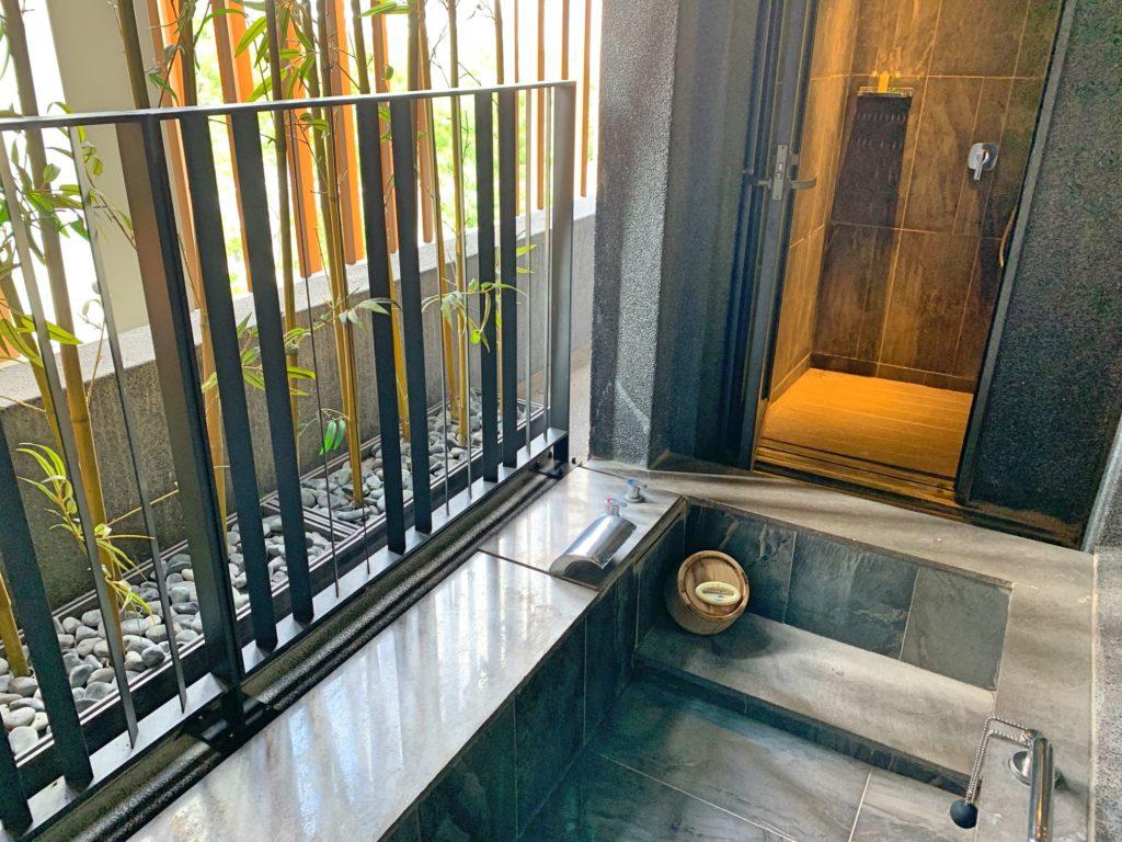 ウェルスプリングバイシルクスの温泉