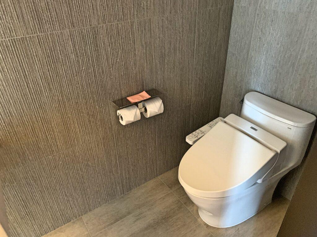 ホテルレゾナンス台北のトイレ