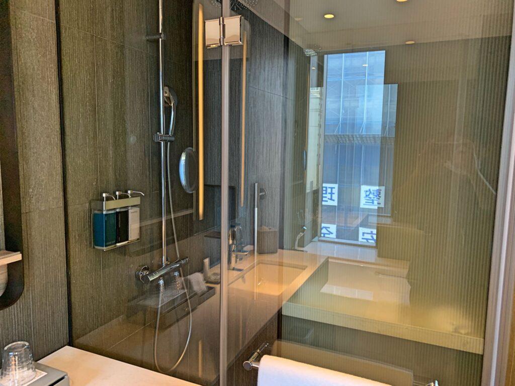 ホテルレゾナンス台北のシャワールーム